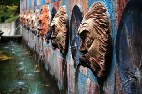 fontana Canistro